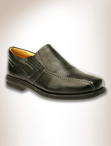 This Florsheim shoe with milled soft leathers highlight the detail crafted in these long-time favorites. Features double gore comfort fit~ fully cushioned footbed~ sheep lining and sock lining~ latex rubber sole with anatomical gel insert. Imported.