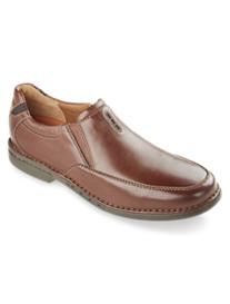 Clarks® Un.Corner Twin Slip Ons