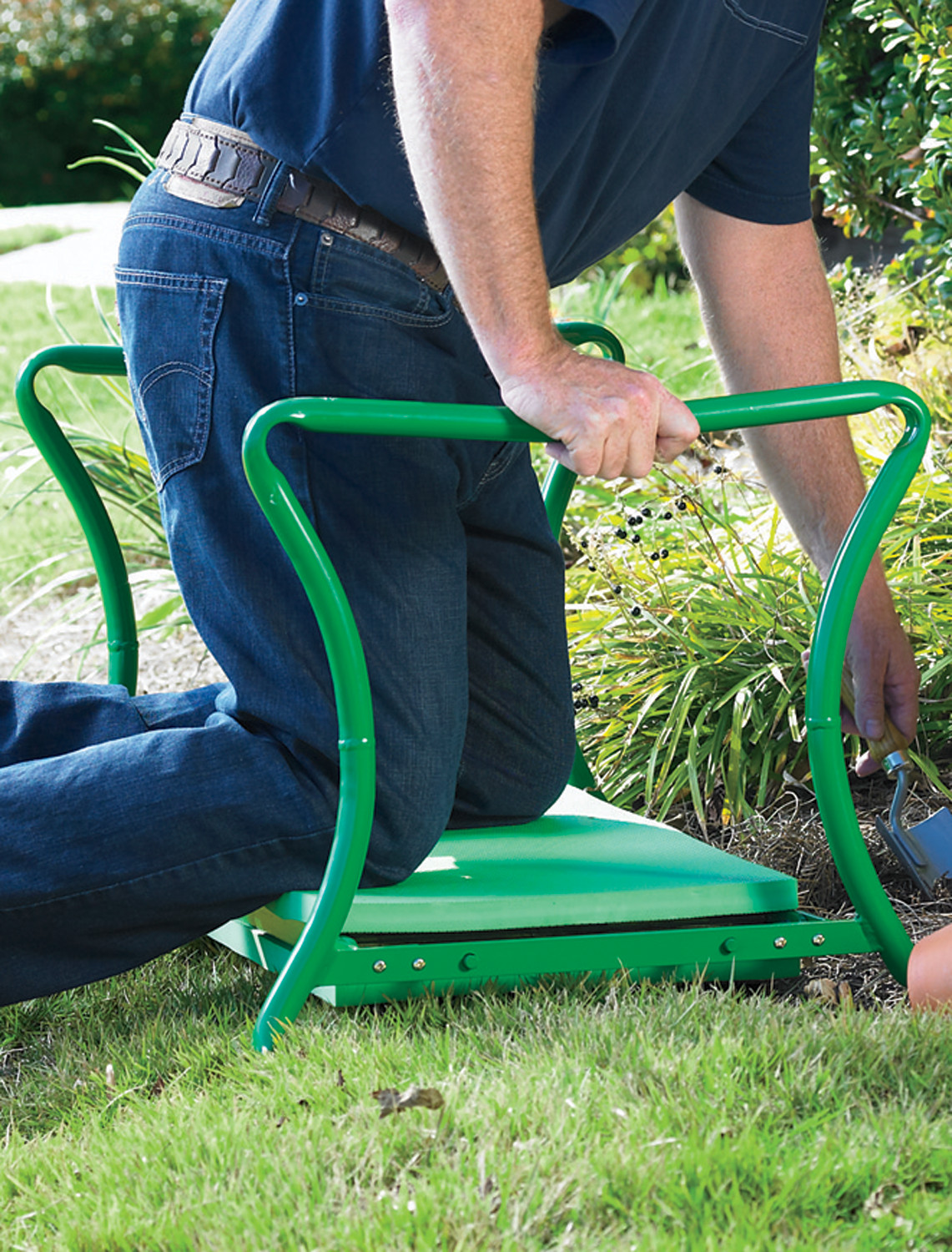 2014 big and tall heavy duty foldable garden kneeler bench for Gardening kneeler