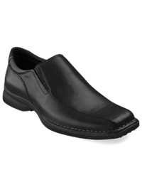 Unlisted by Kenneth Cole Wild Fire Loafers